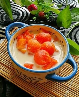 #霸王超市#冰糖炖木瓜牛奶
