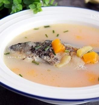 木瓜鲫鱼汤