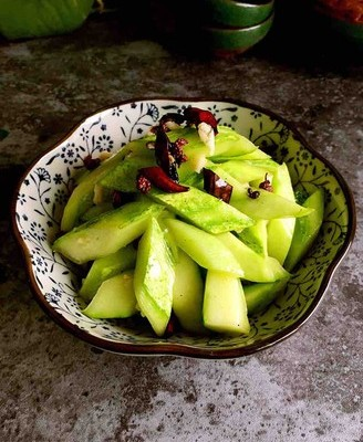 椒香炝黄瓜