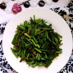 家常肉炒韭菜苔