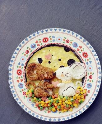卡通儿童餐