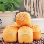 芝麻豆沙小餐包