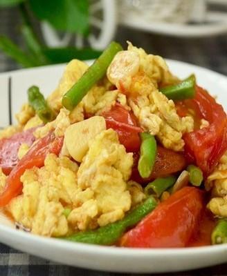 西红柿豆角炒鸡蛋