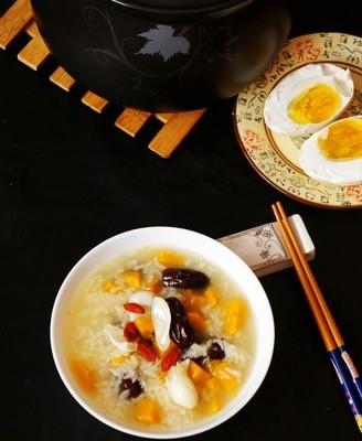 百合南瓜红枣糯米粥
