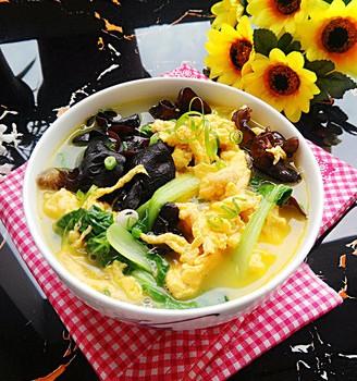 木耳小白菜鸡蛋汤