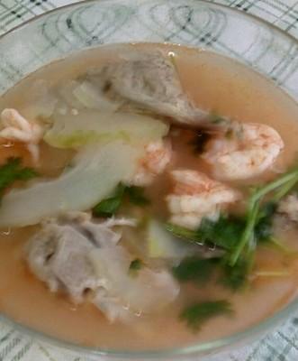 猪骨虾仁冬瓜汤