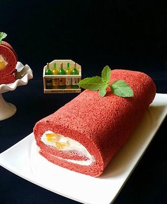 红丝绒蛋糕卷 # 这道菜里有我满满的爱#