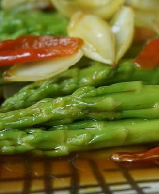 蚝油百合汇芦笋