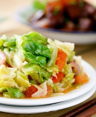 西红柿炒手撕包菜