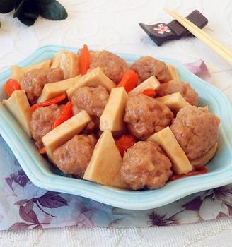 肉丸烧千页豆腐