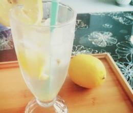 蜂蜜柠檬汽水