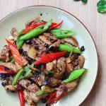 尖椒豆豉炒拆骨肉