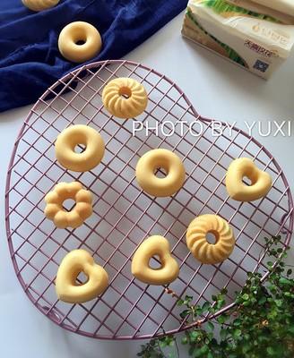 甜甜圈小蛋糕