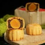 广式咸蛋黄月饼