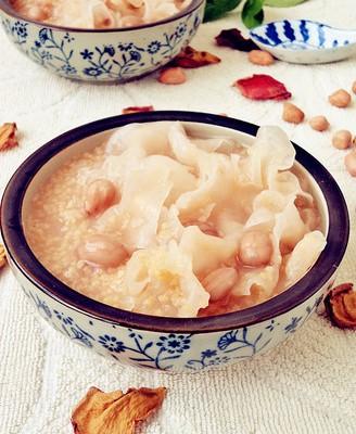 花生银耳小米粥