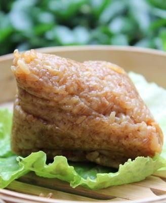 五花肉蛋黄粽子