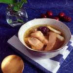 沙参玉竹椰子鸡汤(附开椰子方法)
