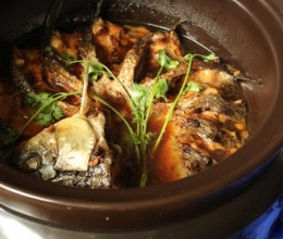 砂锅红烧鱼