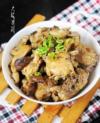 香菇炖小鸡