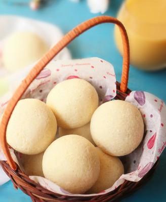 蛋黄肉松麻薯球