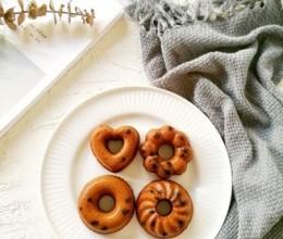 巧克力豆甜甜圈蛋糕