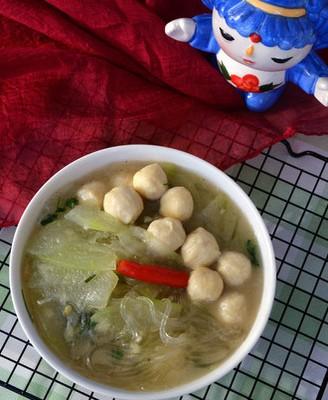 冬瓜鸡肉丸子粉丝汤