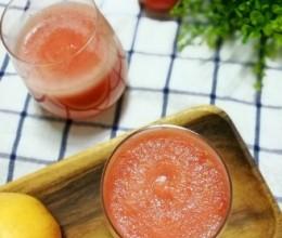 保护肠壁的苹果蕃茄汁