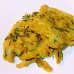 鸡蛋韭菜土豆饼