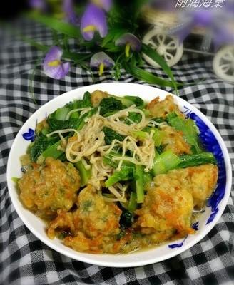 白菜针菇烩丸子
