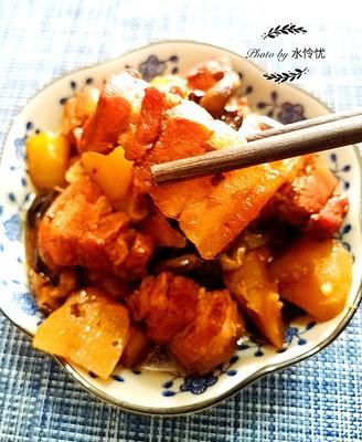 土豆香菇红烧肉