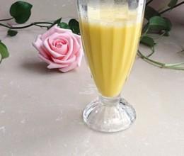 香浓顺滑的南瓜牛奶