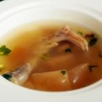 酸萝卜鸭掌汤