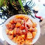 红烧肉炖莲藕