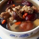 红枣香菇鸡汤