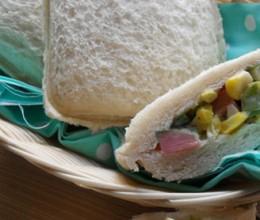 蔬菜沙拉三明治包