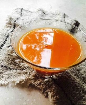 胡萝卜玉米蔬菜汁