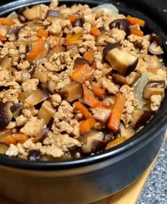 冬瓜肉末砂锅饭