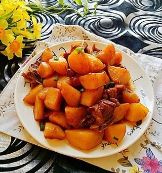 酱焖土豆排骨