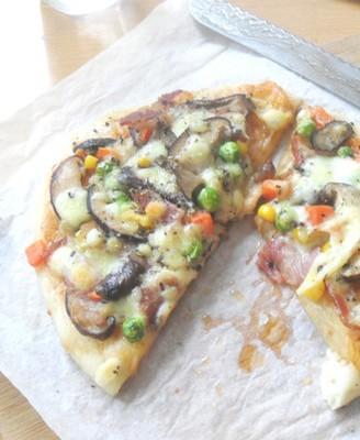 香菇培根杂菜快手披萨