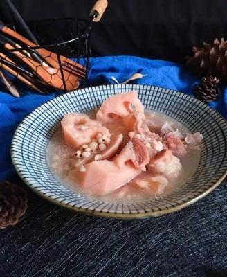 莲藕薏米筒骨汤