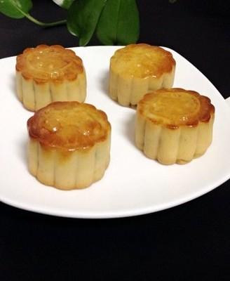 莲蓉广式月饼