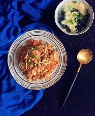 泡菜海鲜炒饭
