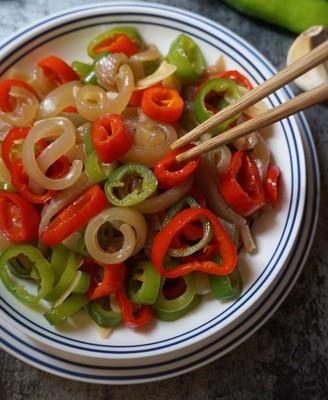青红椒炒猪皮