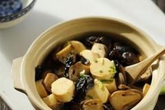 草菇豆腐煲