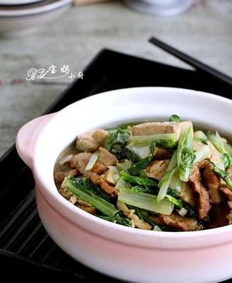 奶白菜炖豆腐