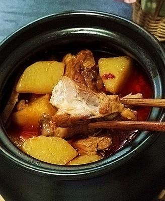 酱香鸭腿炖土豆 超级美味下饭菜