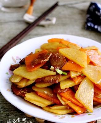 胡萝卜烧土豆