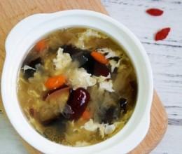 黑白木耳蛋花甜汤
