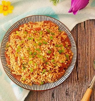 电饭锅美食-腊肠蒸土豆