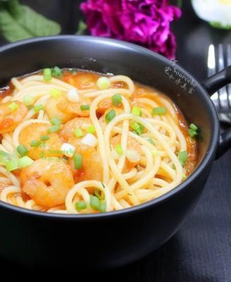 鲜虾茄汁意面#秋季保胃战#